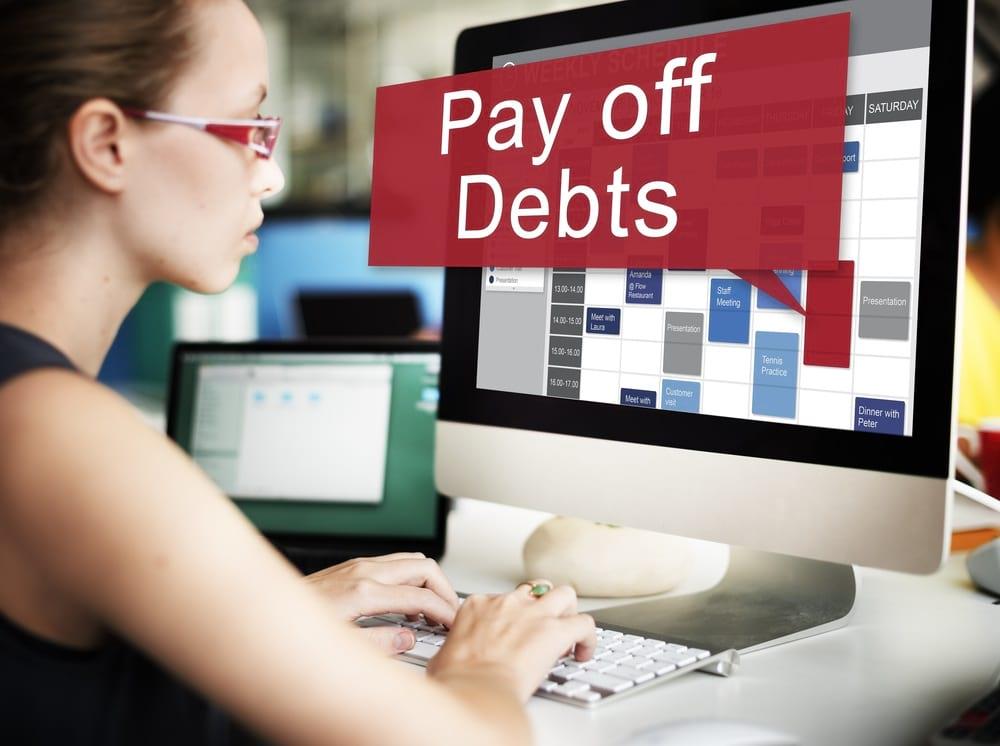 Lebih prioritas mana investasi atau melunasi hutang